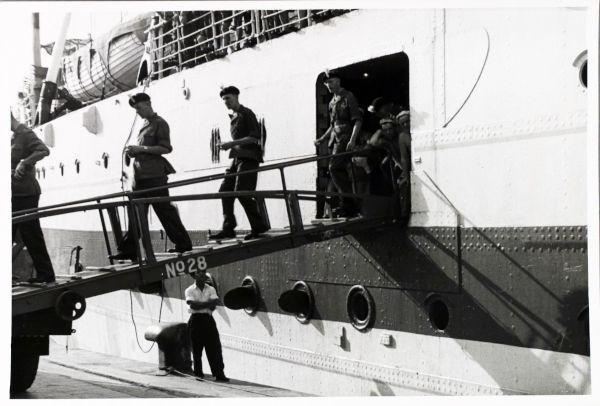 Fusiliers disembarking Empire Halladale